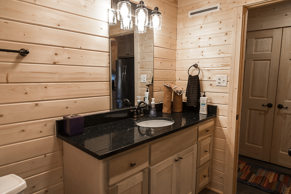 Bathroom with a sink.